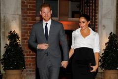 Những món đồ giá khủng 'dành cho' con Hoàng tử Anh Harry