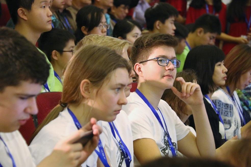 13 đoàn quốc tế đến Việt Nam dự thi Toán học Hà Nội mở rộng năm 2019