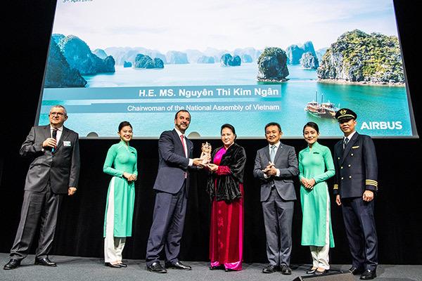 Chủ Tịch Quốc Hội,Nguyễn Thị Kim Ngân,Vietnam Airlines