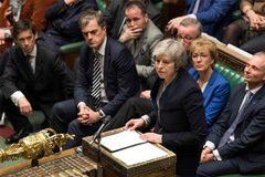 Quốc hội đòi trì hoãn Brexit, Thủ tướng Anh bị dồn vào thế bí