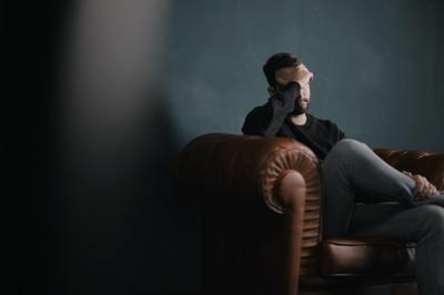 Nam thanh niên 28 tuổi vào viện tâm thần vì hay lo xa