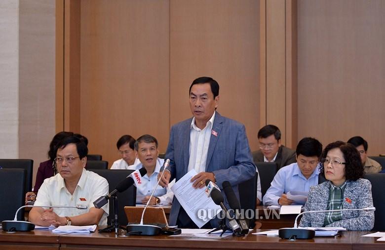 Bộ trưởng Giáo dục: Nhiều bộ SGK để tránh cứng nhắc 'thầy dạy, trò chép'