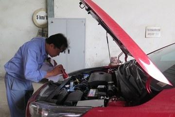 """Vì sao nghiêm cấm đăng kiểm viên gợi ý nơi sửa ô tô bị """"đánh trượt""""?"""