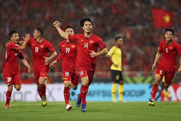 Tuyển Việt Nam vượt xa Thái Lan, chạm mốc kỷ lục BXH FIFA