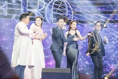 Hotboy thi hát Bolero khiến Ngọc Sơn, Quang Lê hào hứng múa phụ họa