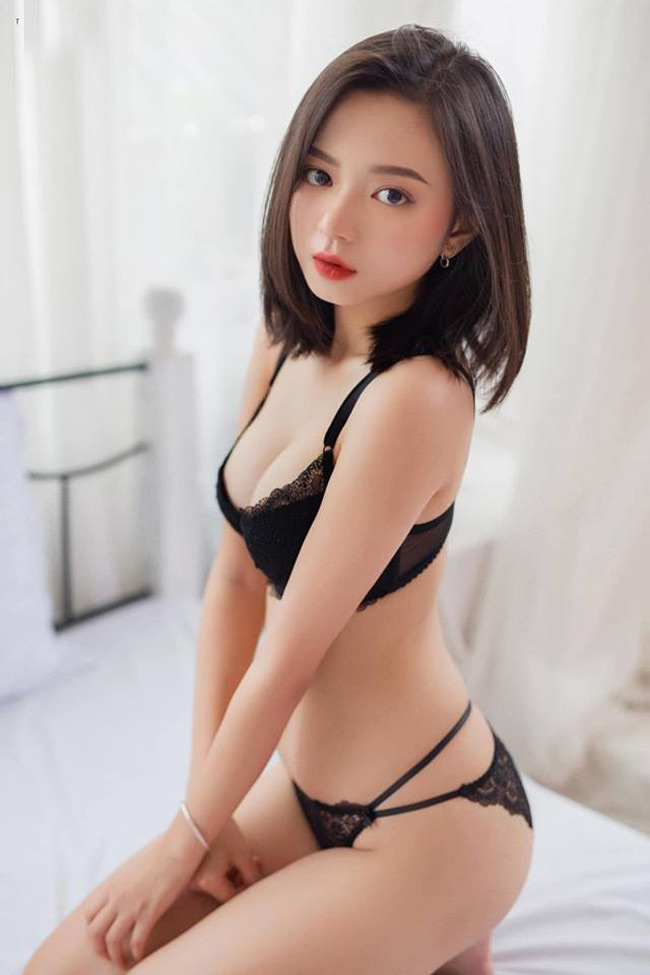 Hot girl Hải Phòng sở hữu khuôn mặt thiên thần, vóc dáng sexy