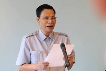 Quyền Vụ trưởng Nguyễn Minh Mẫn nhận danh hiệu Lao động tiên tiến