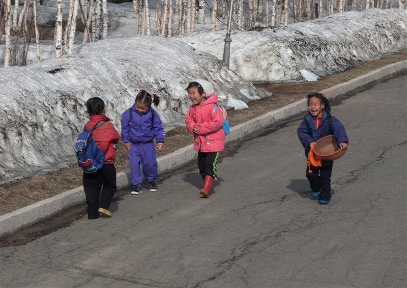 Khoảnh khắc đời thường ở Triều Tiên qua ống kính nhiếp ảnh gia Pháp