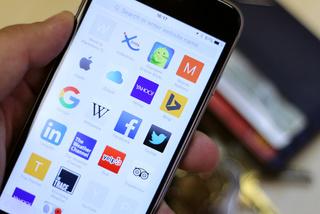 2 cách tìm kiếm nội dung trang web trên Safari