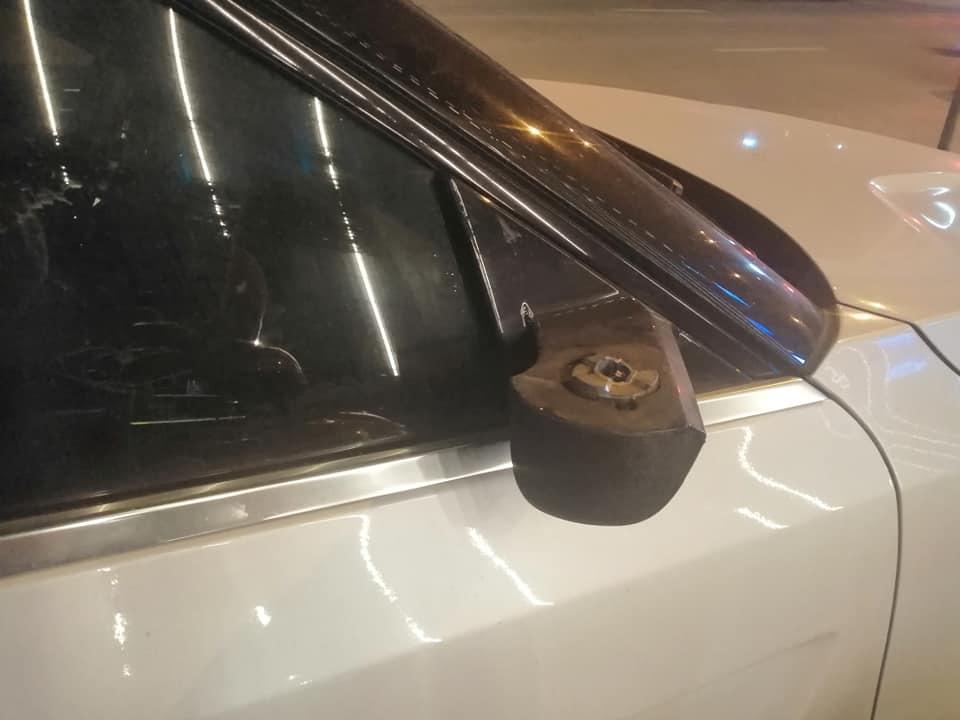 Nhầm tưởng Range Rover,  ô tô Tàu bị vặt gương liên tục