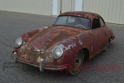 Sững sờ ô tô Porsche 'đồng nát' rao bán giá gần 2 tỷ