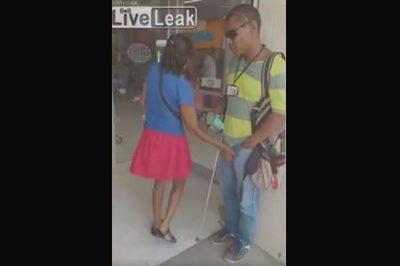 Người phụ nữ bị bắt quả tang sàm sỡ nam giới khiếm thị