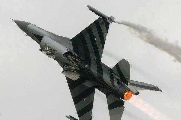 chiến đấu cơ,tiêm kích,F-16,Hà Lan,vũ khí