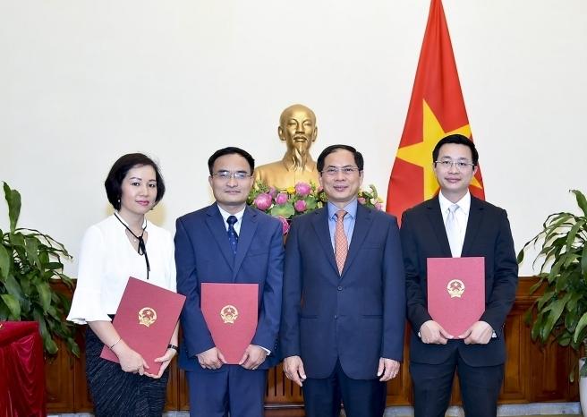 Thanh tra Chính phủ, Bộ Ngoại giao bổ nhiệm nhân sự mới