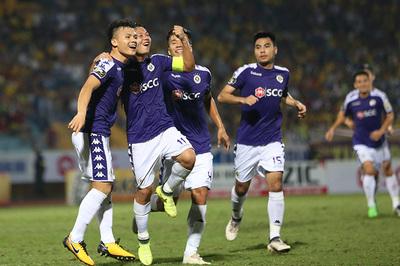 """Vòng 4 V-League: Quang Hải """"khai hỏa"""", HAGL lại thua"""