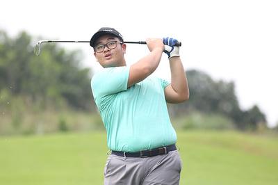 """Golfer Đặng Lê Huy """"giật"""" HIO tại giải trẻ Hà Nội 2019"""