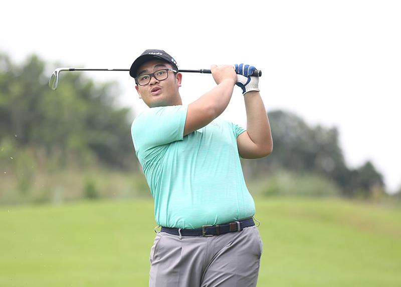 Golfer Đặng Lê Huy 'giật' HIO tại giải trẻ Hà Nội 2019