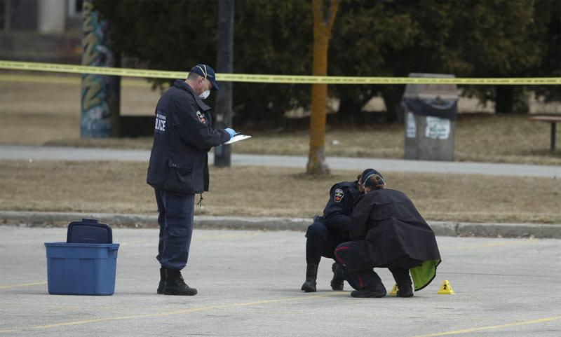 Nổ súng rúng động trung tâm giải trí đông người ở Canada