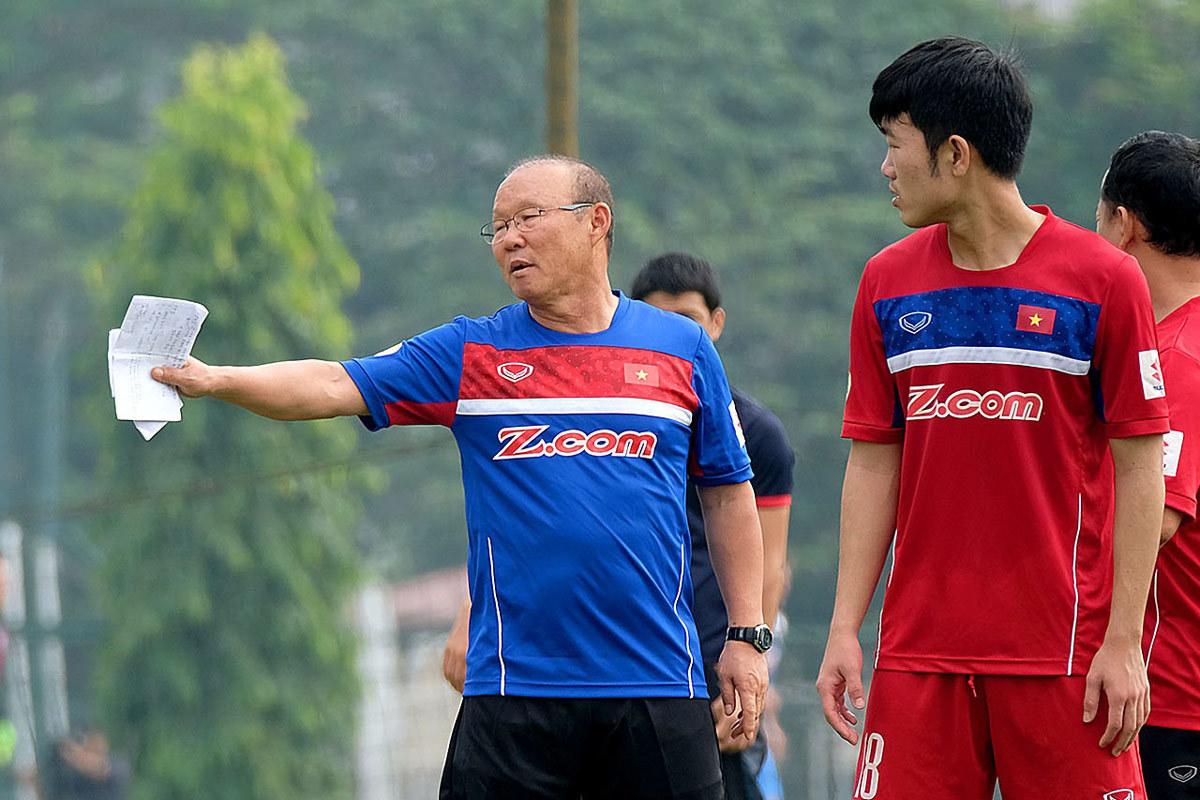 Báo Thái Lan tung tin: 'Việt Nam mang cầu thủ châu Âu dự King's Cup'