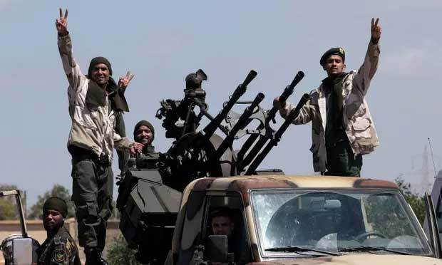Giao tranh ác liệt, Mỹ rút quân khỏi Libya
