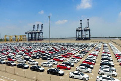 Ô tô dưới 16 chỗ chỉ được nhập qua 5 cảng biển
