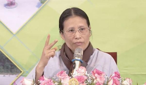 Facebook khóa tài khoản của bà Phạm Thị Yến chùa Ba Vàng