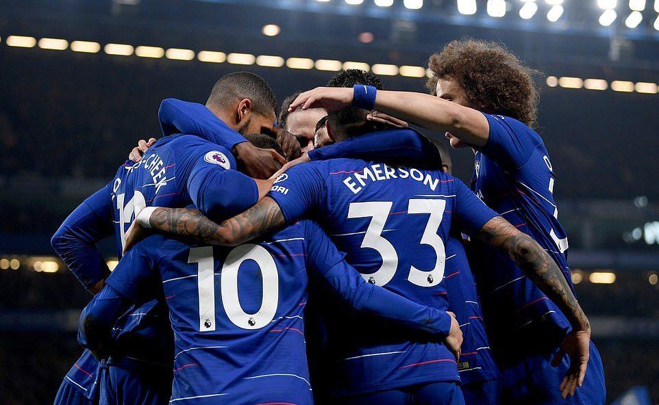 Hazard solo tuyệt đỉnh, Chelsea chen chân vào top 3