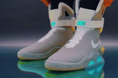 Choáng váng với những đôi giày thể thao có giá 'trên trời'