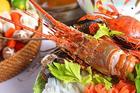 Những nguyên tắc 'sống còn' khi ăn hải sản để khỏi chết người