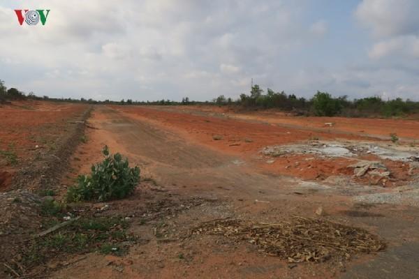 Sân bay Phan Thiết 'chết yểu', cò đua nhau thổi giá đất