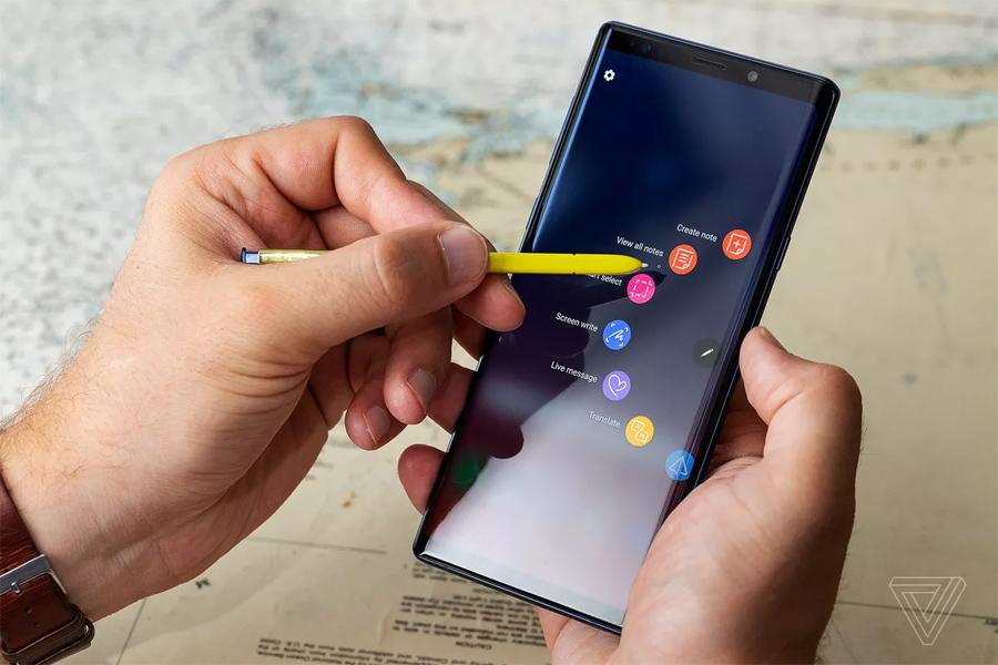 Samfan phát cuồng vì Note 10 sắp ra mắt có đến 4 phiên bản