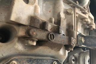 Xe Nissan Xtrail bị rỉ dầu là thiết kế hãng, sao phải hạ hộp số?