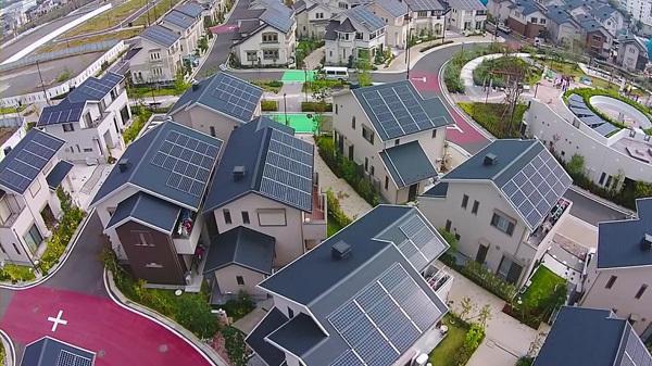 Thành phố thông minh Fujisawa với những ngồi nhà lớp mái thu năng lượng mặt trời