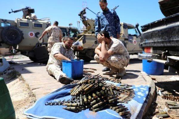 Libya nóng như lò lửa, cảnh báo tội ác chiến tranh