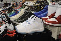 Tìm hiểu 'thế giới' chuyên sản xuất giày fake tại Trung Quốc