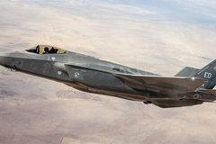 Nhật tìm thấy xác chiến cơ F-35, phi công mất tích