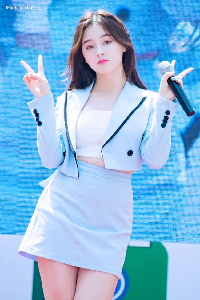 'Thần Vệ Nữ béo Hàn Quốc' bị la ó kịch liệt vì sở thích quần ngắn cũn cỡn