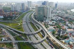 Giật mình: Căn hộ Sài Gòn sốt giá gần 300 triệu/m2