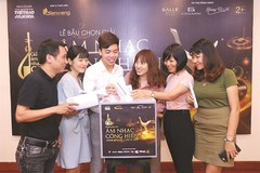 VN reporters vote for Devotion Music Awards