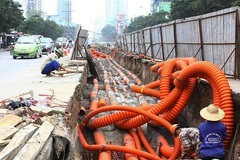 Hanoi slow in putting electrical wire and cables underground