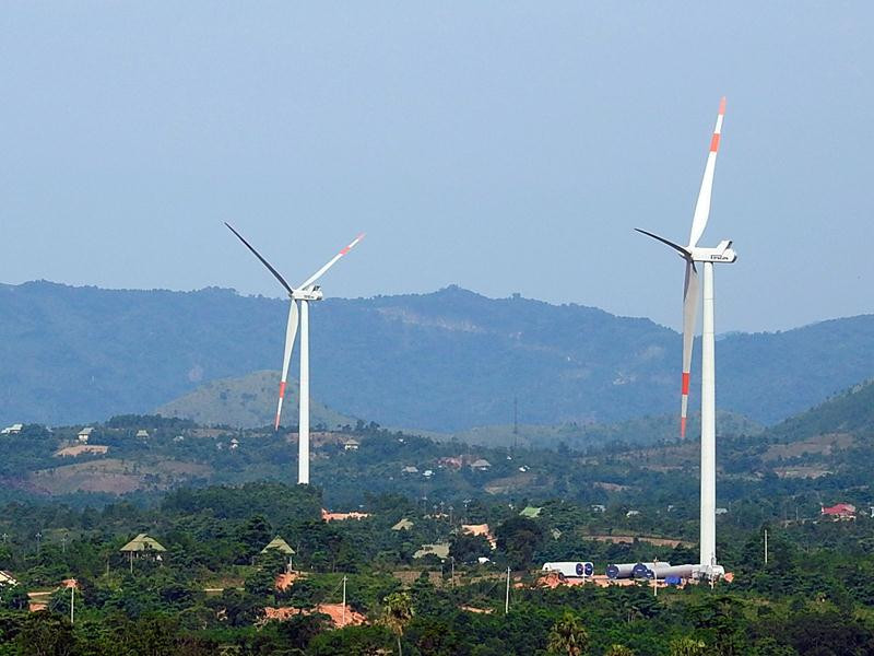 Vietnam seeks foreign capital for renewable energy projects