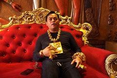 Phúc XO người đeo nhiều vàng nhất Việt Nam giàu cỡ nào?