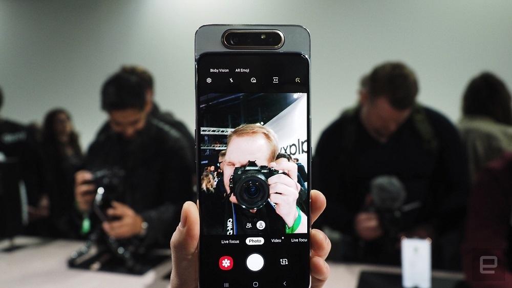 Galaxy A80 ra mắt: Camera trượt xoay 48MP, đỉnh cao cho selfie và livestream