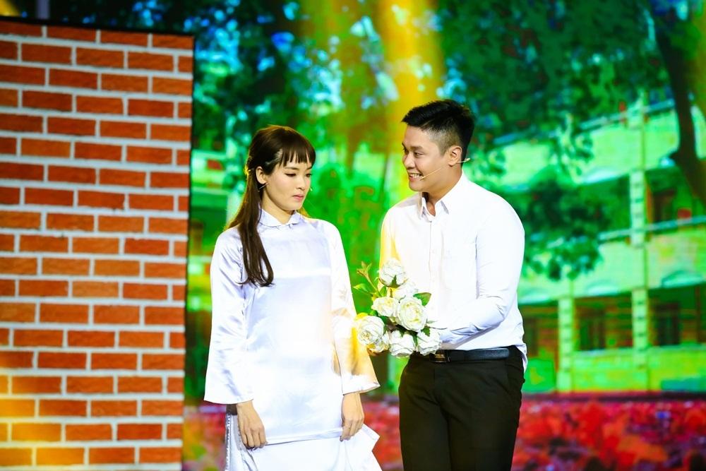 Phương Thanh bật khóc trước màn biểu diễn của 'soái ca làng xiếc'
