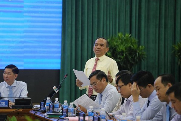 HCMC Real Estate Association wants list of 124 resumed property projects released