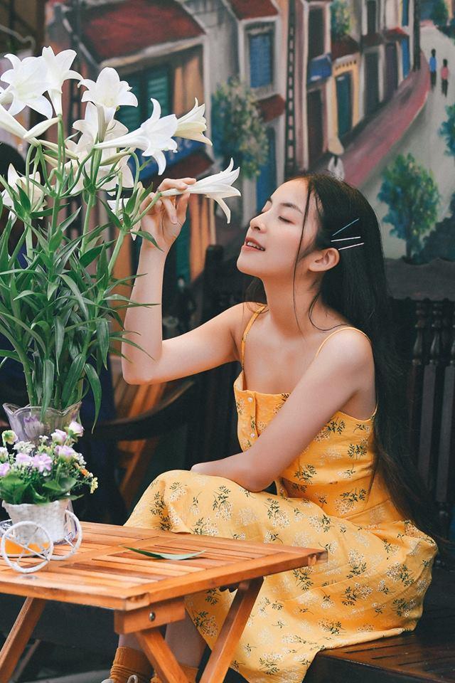 Không ngờ hot girl Bắc Ninh đóng 'Quỳnh búp bê nhí' gợi cảm thế này