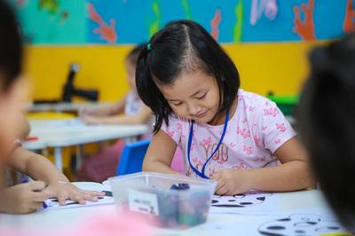 Ngộ nhận việc học tiếng Anh của trẻ mẫu giáo