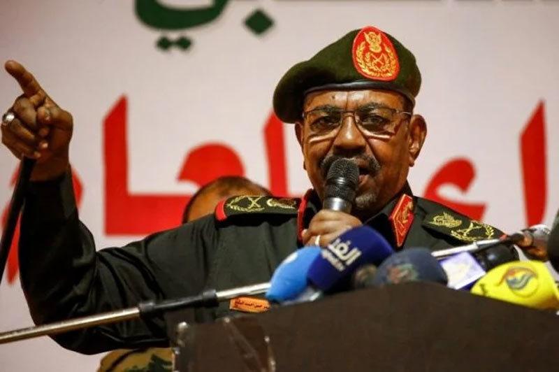 Tổng thống Sudan mất chức, bị quản thúc tại gia