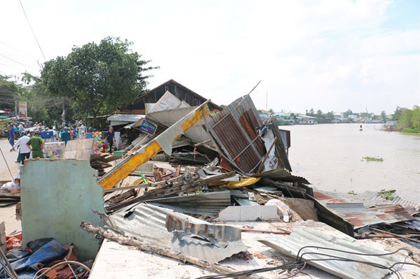 Erosion-prevention measures urgently needed in Mekong Delta