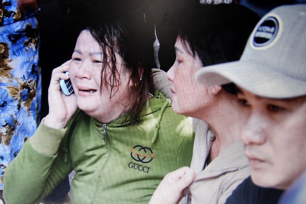 Lái xe Lexus biển tứ quý tông chết 4 người ở Quy Nhơn quỳ gối xin lỗi